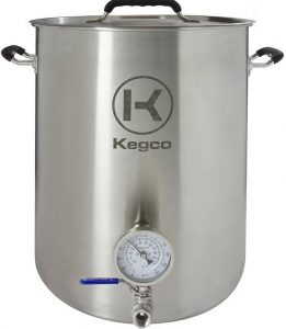 Kegco 10-Gallon kettle with a thermometer