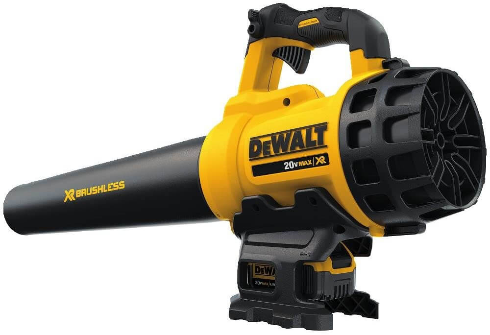 DEWALT Yard Vacuum for Acorns