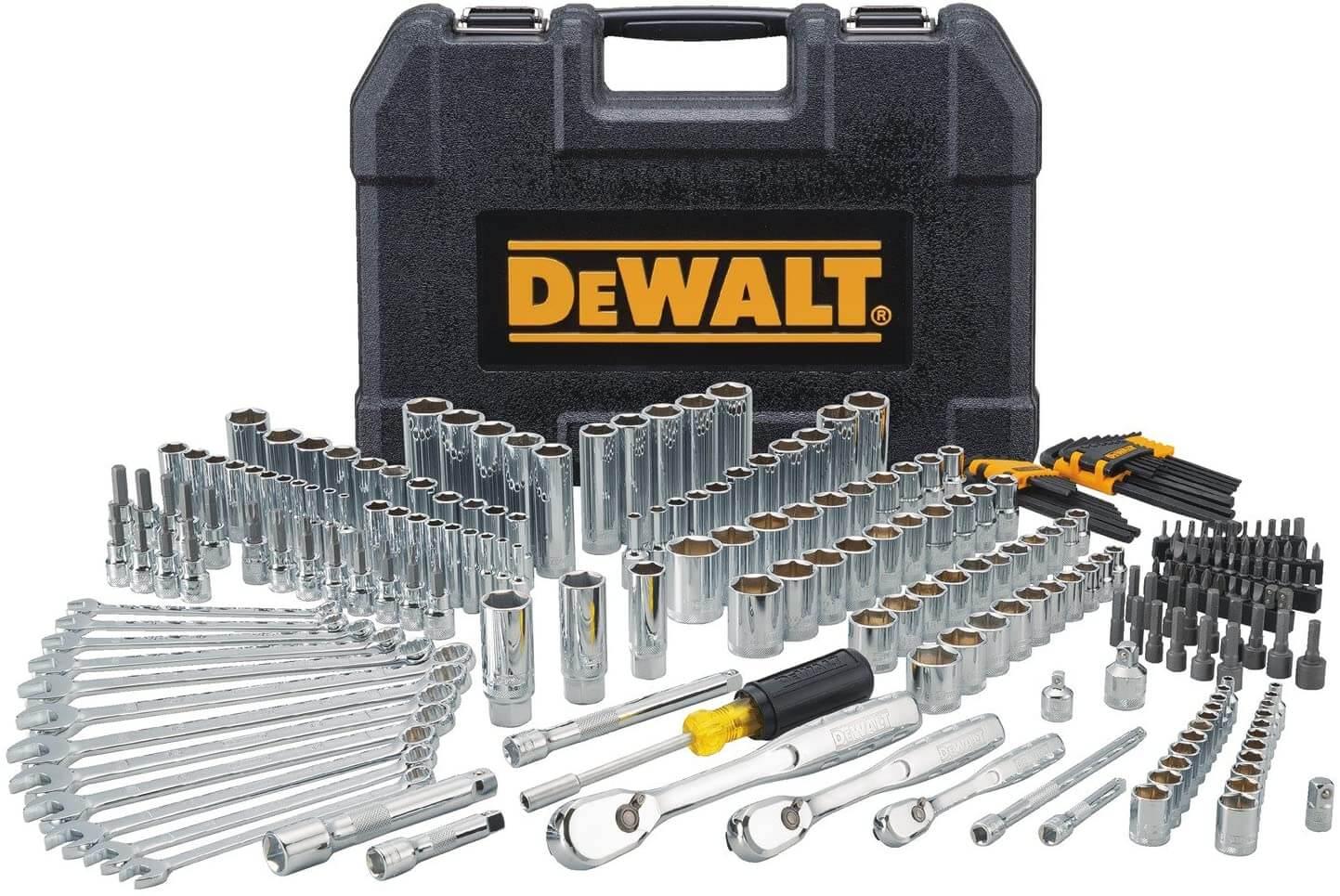DEWALT Tool Sets for Boat Owners