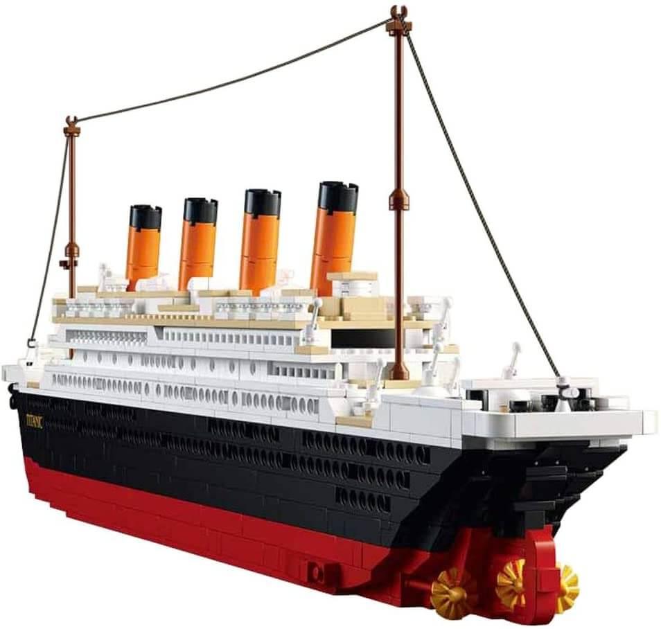 SuSenGo Titanic Building Block Kit