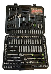 Pittsburgh 225 Piece Mechanic's Tool Kit